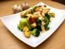 Polędwiczki drobiowe w sosie czosnkowym www.fitness-food.pl Blog Kulinarny